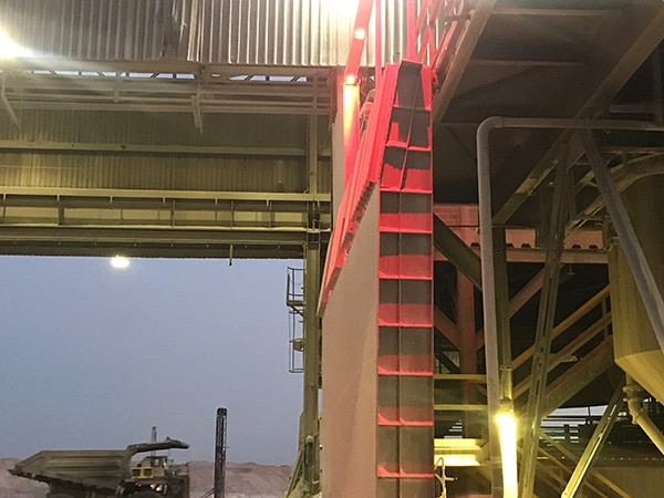 APS Lighting Safety - Lighting Solution for Reversing Loaders in Dusty Environments